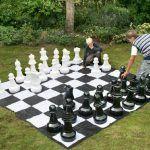 Piezas de ajedrez de jardín mas tablero lona