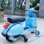 Vespa Piaggio PX-150 Azul